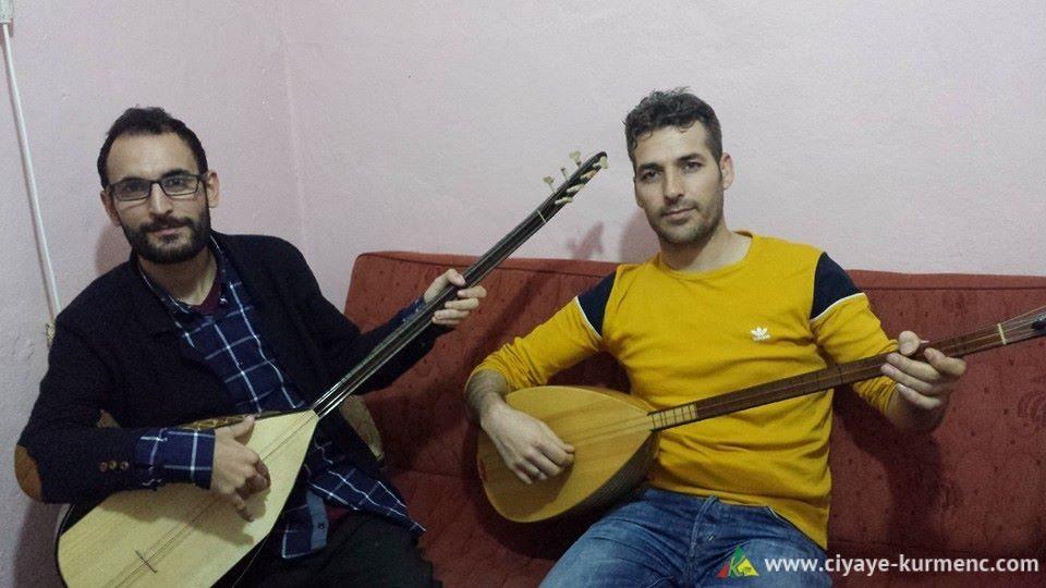 صورة حسين محمود على اليمين و Ciwan Eliko على اليسار