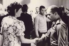 السيدة زازا مع الملك حسين بن طلال في السبعينات