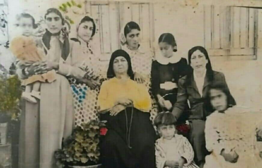 أول عائلة كوردية تدرس بناتها إلى جانب الذكور في مدرسة عفرين الإبتدائيه والوحيدة 1