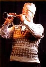 الأوبوا هي الألة الموسيقة المعروفة بالزرنا(المزمار) perwîn dîno 1