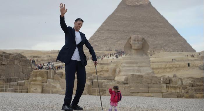 أطول رجل في العالم هو كردي 3
